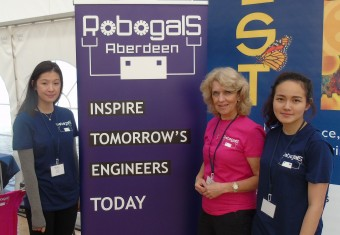 Robogals initiative encourages Oil & Gas career choices